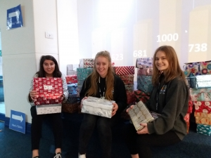 Give Love in a Box - students support Christmas shoebox appeal - Teams4U